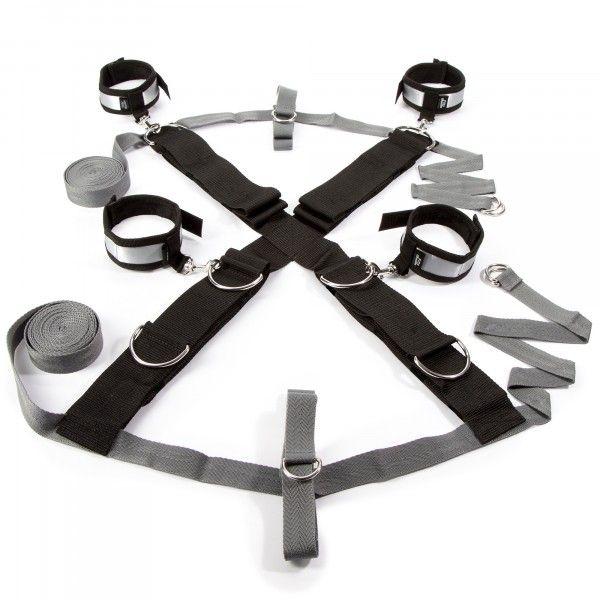 https://www.mshop.dk/media/product/6de/50-shades-over-the-bed-cross-restraint-3ec.jpg